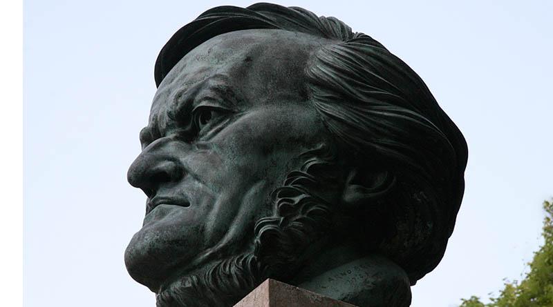 Памятник Рихарду Вагнеру в Байройте