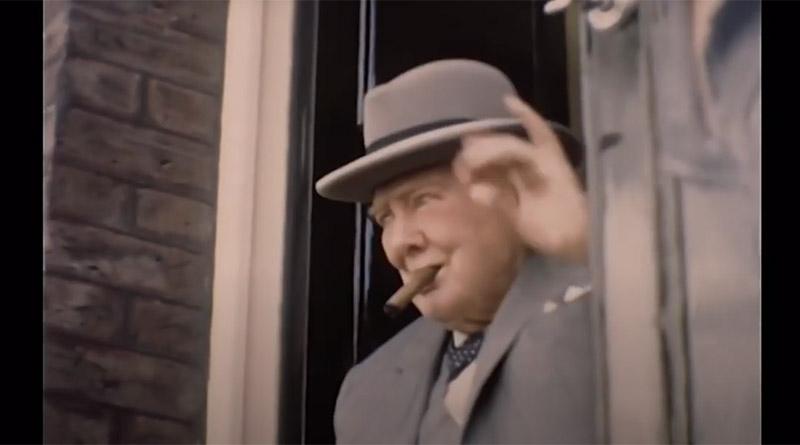 Черчилль направляется последний раз в парламент