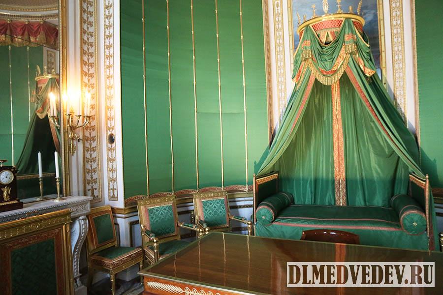 Фонтенбло, механическая кровать Наполеона, фото Дмитрия Львовича Медведева