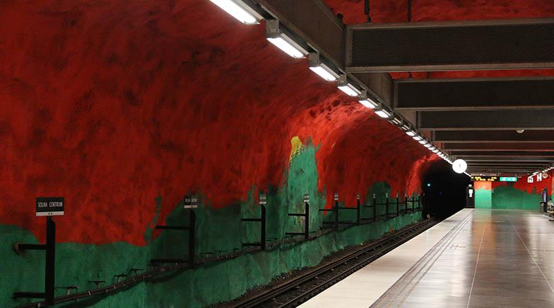 Станция Сольна-Сентрум (швед. Solna Centrum), платформа, метрополитен Стокгольм