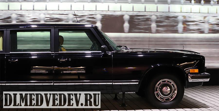 Лимузин ЗИЛ в музее гараж особого назначения