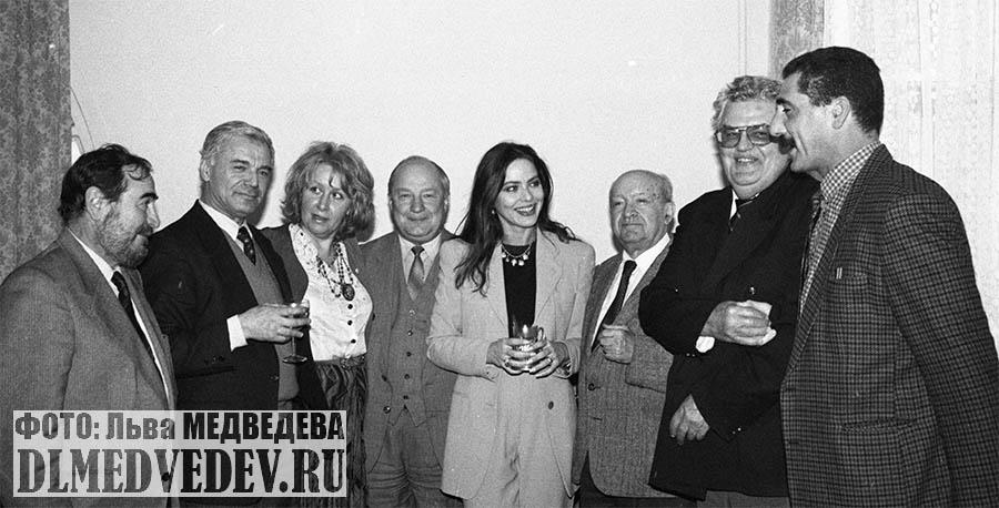 Актриса Мути с поклонниками в Москве, фото Льва Леонидовича Медведева